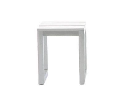 Saler stool by GANDIABLASCO