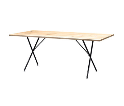 SC 32 Table | Wood by Janua / Christian Seisenberger