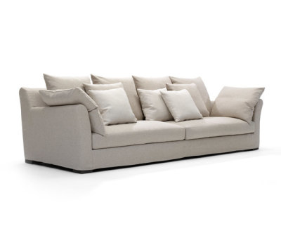 Sergio sofa by Linteloo