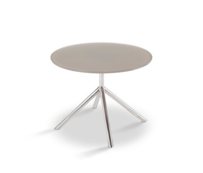 Shell Side Table 50 by FueraDentro