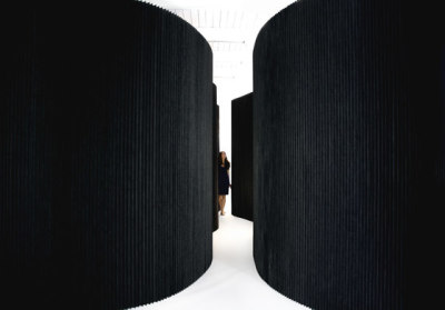 softwall | black textile by molo