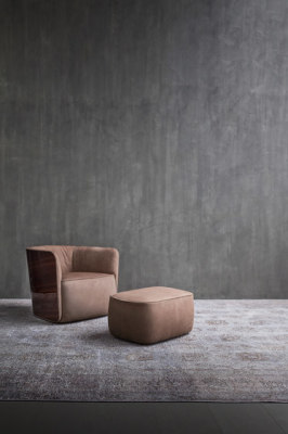 Softwing Pouf by Flou