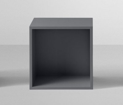 Stacked Shelf System | medium with backboard by Muuto