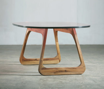 Steek Table by Artisan