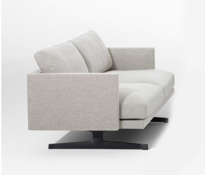 Steeve 2 seater sofa by Arper