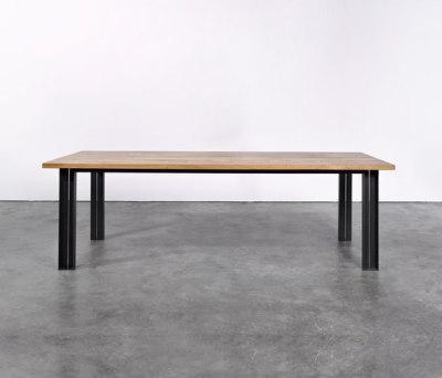 Table at_10 by Silvio Rohrmoser