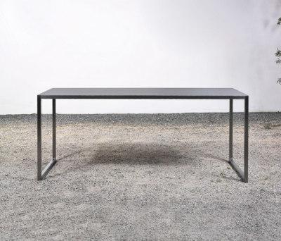 Tisch at_02 by Silvio Rohrmoser