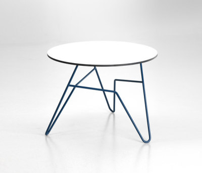 Twist Table by 8000C