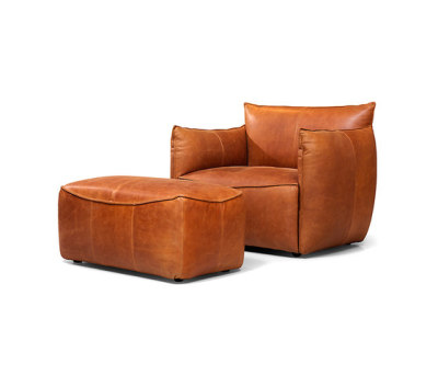 Vasa armchair with arms with pouf by Jess Design