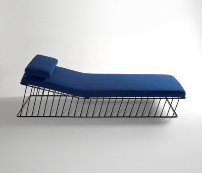 Wired Italic Chaise by Phase Design