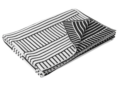 B Straight Merino Throw  Medium White and Pirate Black