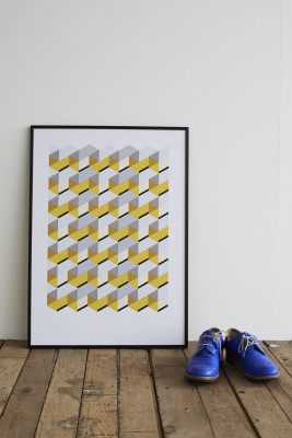 Honeycomb Screen Print With Frame