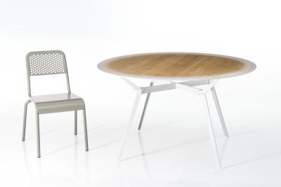 Pylon Gradient Round Table