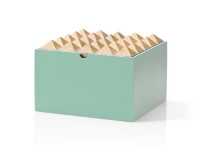 Pyramid Medium Box Mint