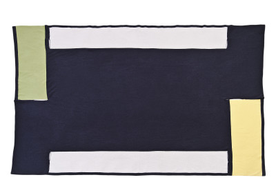Segment of Frame Wool Blanket Black