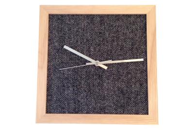 Tweed Wall Clock Arthur