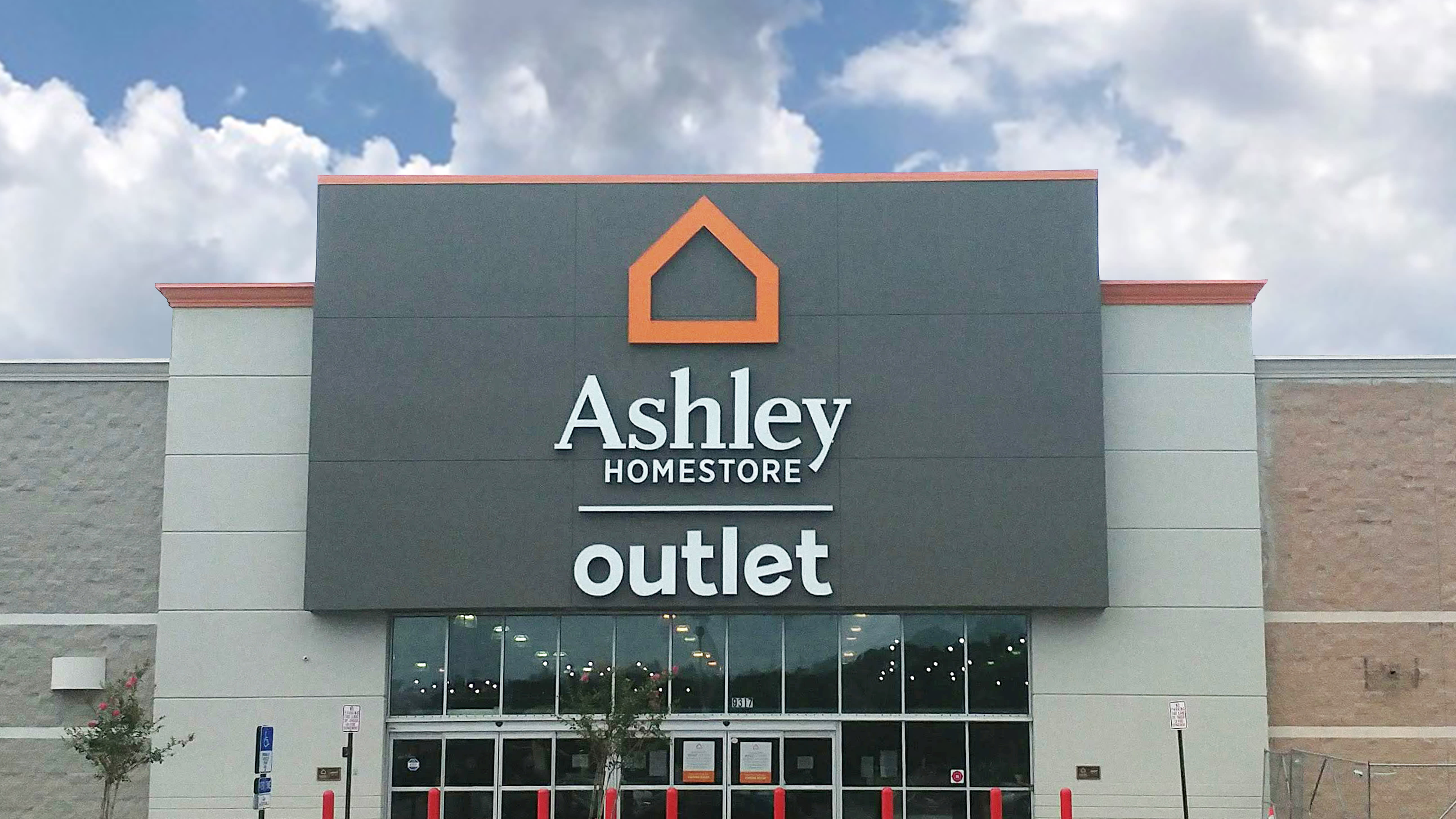 Astonishing Furniture And Mattress Store In Jacksonville Fl Ashley Download Free Architecture Designs Pushbritishbridgeorg