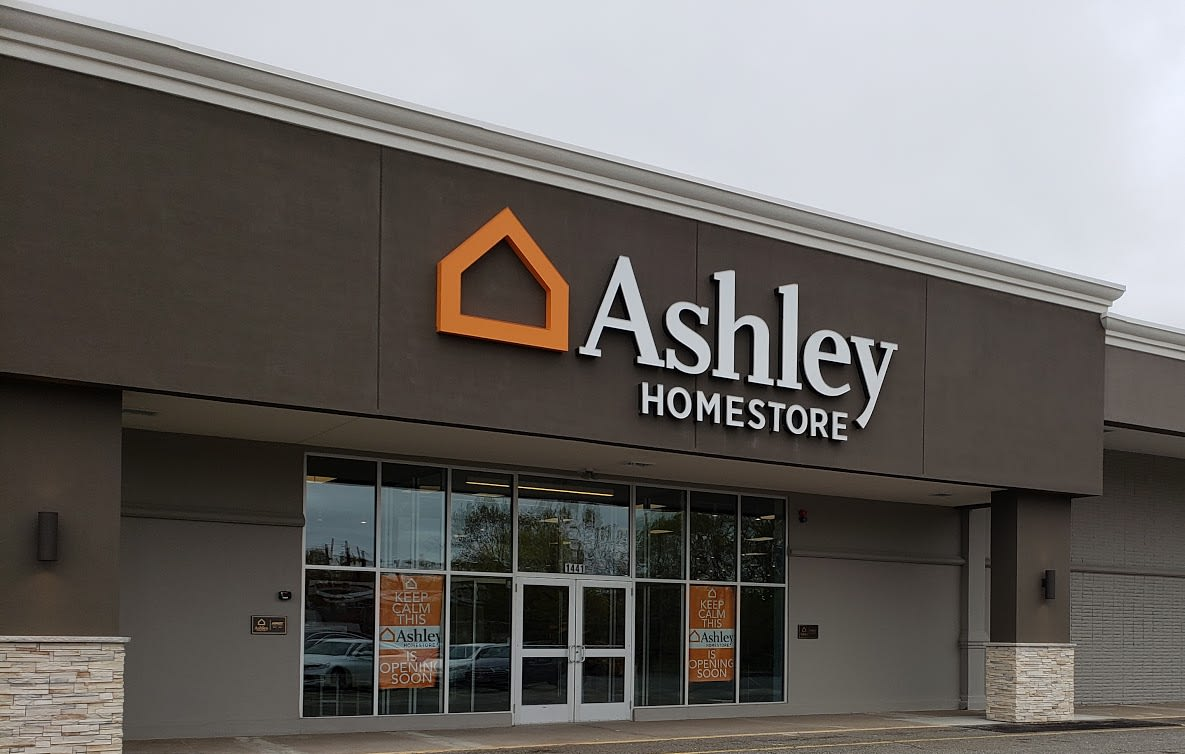 Furniture And Mattress Store In Chicopee Ma Ashley Homestore
