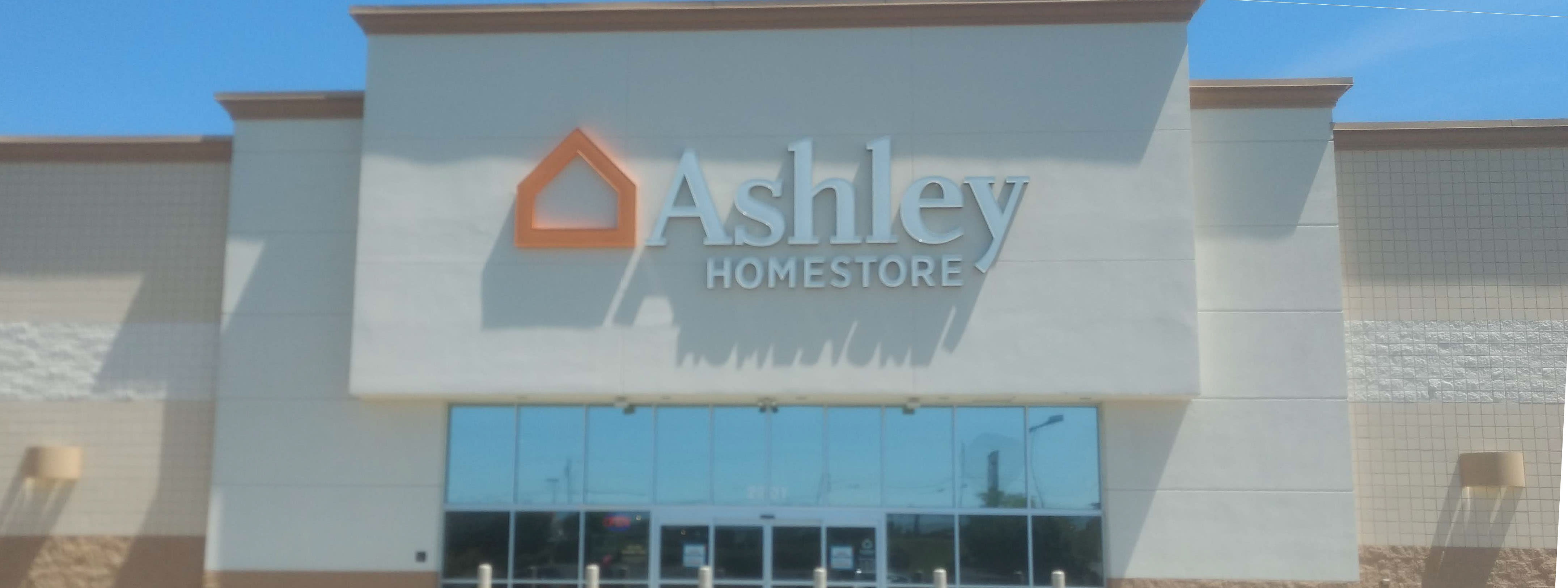 Ordinaire Furniture And Mattress Store In Hickory, NC | Ashley HomeStore 7710000251