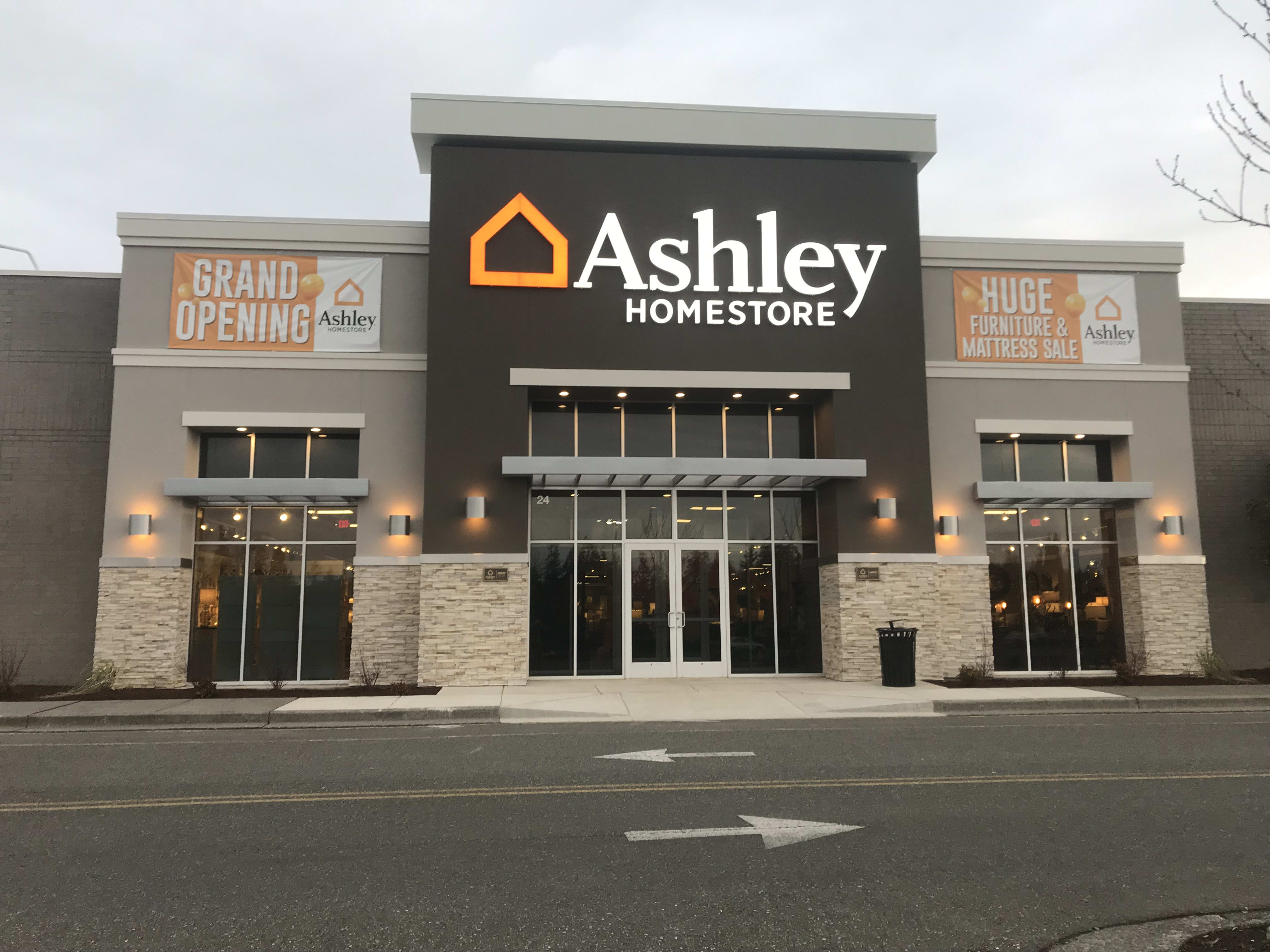 Incroyable Furniture And Mattress Store In Bellingham, WA   Ashley HomeStore 9000191300