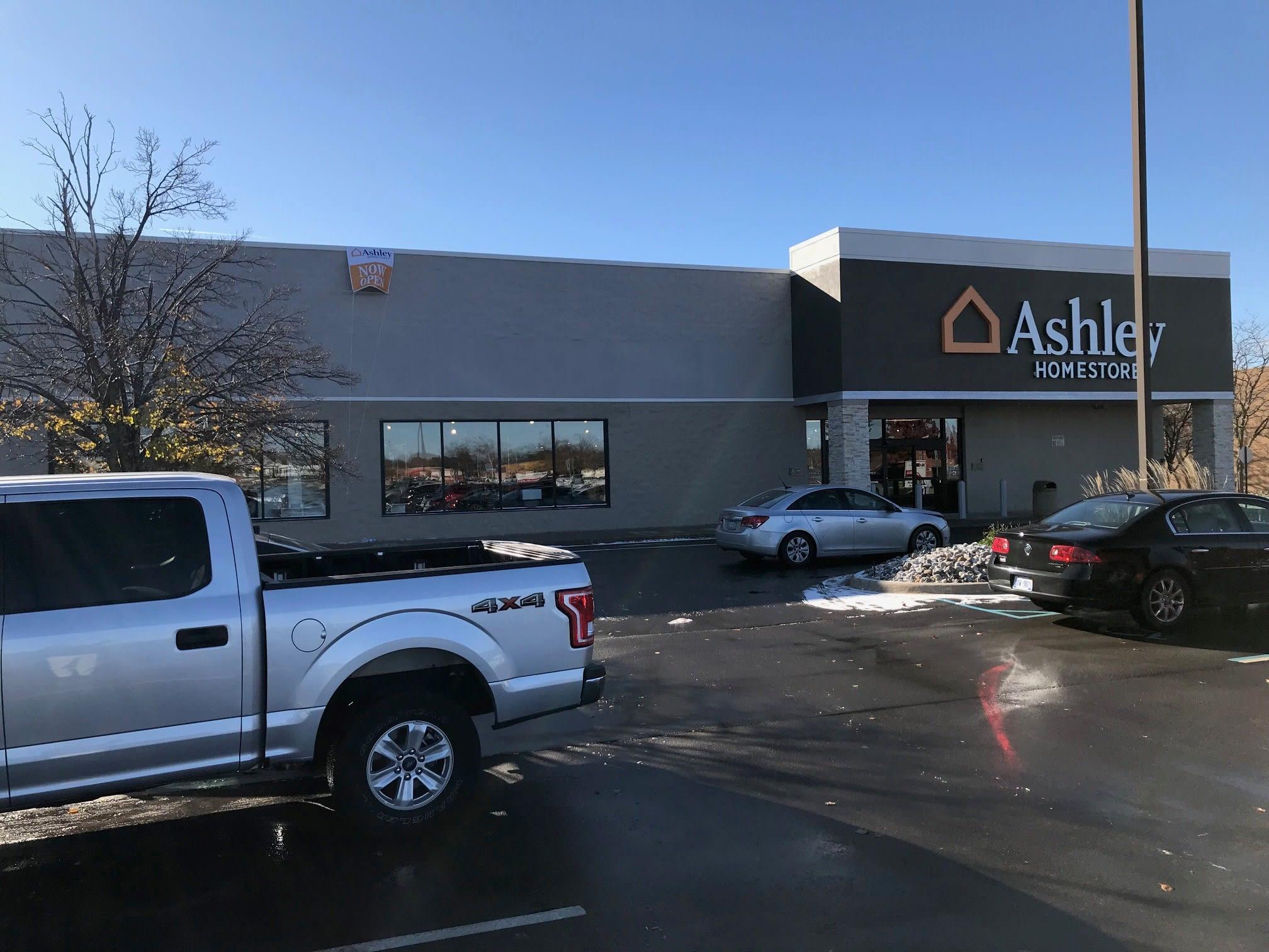 Stores   Ashley Furniture HomeStore