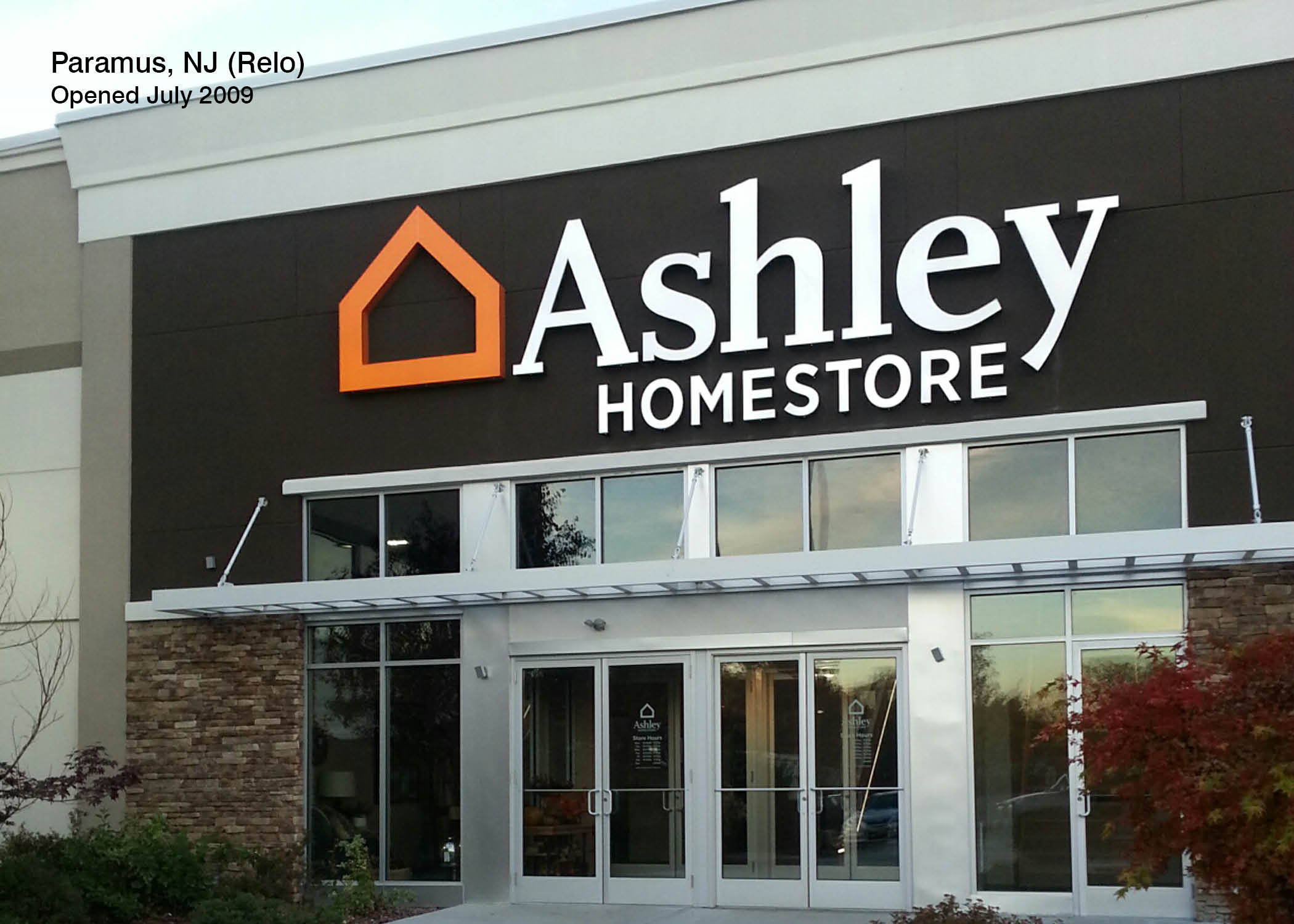 Stores   Ashley Furniture
