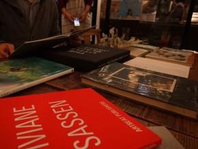 雑誌SWITCH運営ブックカフェにて「アートブックを楽しむ会in表参道」のレポート