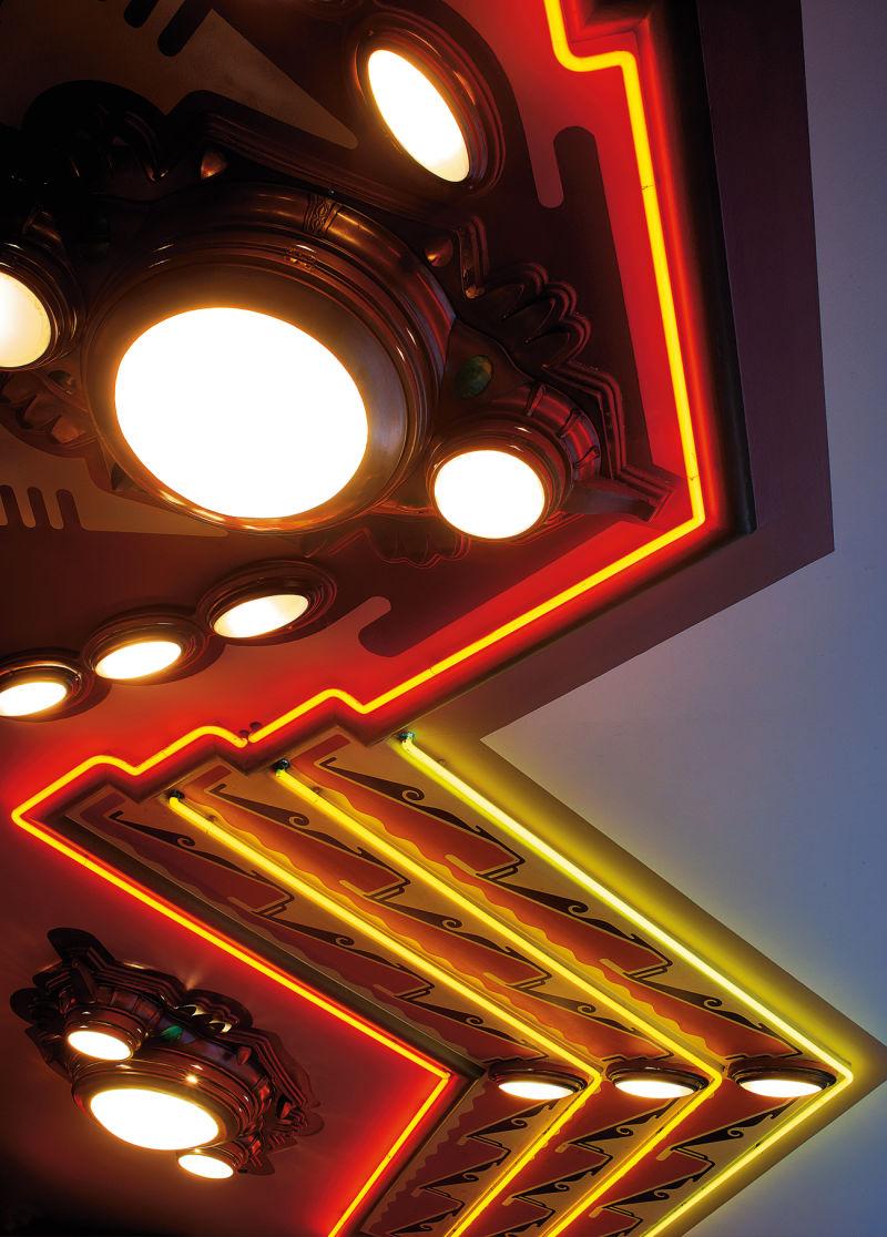 Tuschinski Kino E
