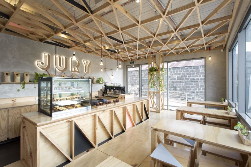Cafe Jury