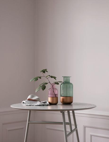 Vasen aus Borosilikatglas mit kupferner Lackierung. Entworfen von Sieger Design.