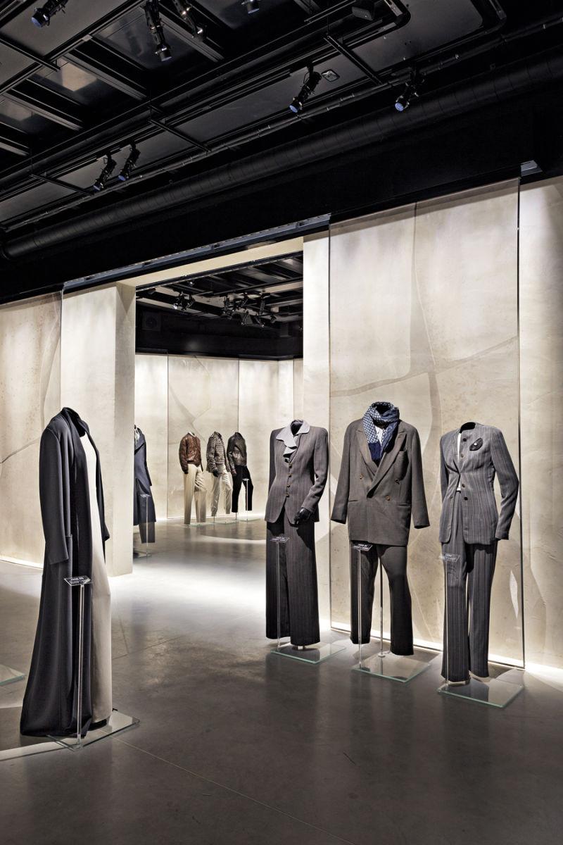Armani-Silos---Daywear-6---Credit-Davide-Lovatti