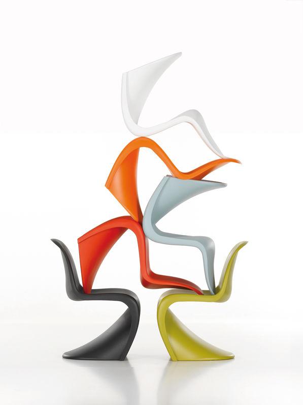 Panton-Chair-Group_85813_master