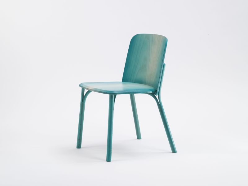Split chair gradient_1