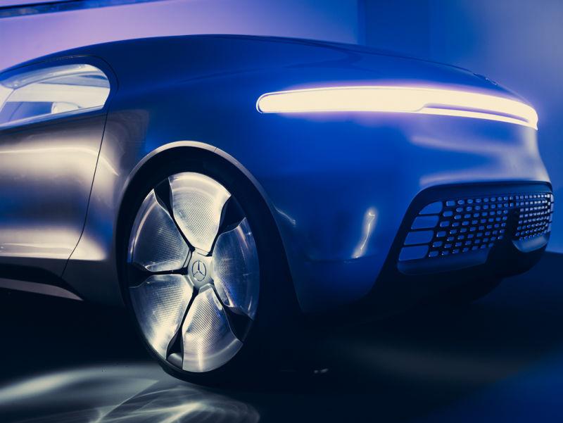 AD_MERCEDES_BENZ_Concept_Car_2014_c004a