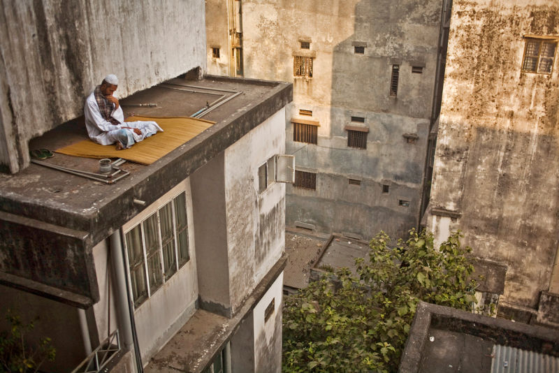 12_Getting_Lost_On_A_Roof_by_Wahid_Adnan