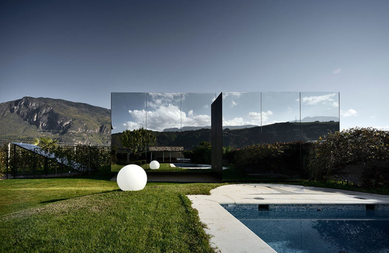 peter_pichler_architecture_mirror_houses_3