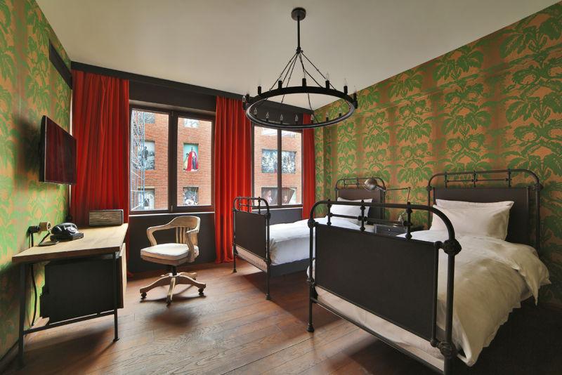 Wo einst b cher entstanden ad for Design hotel tbilisi