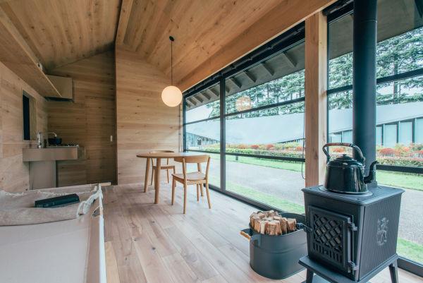 """Naoto Fukasawas Design verfügt über die umfangreichste Ausstattung der """"Muji Huts""""."""