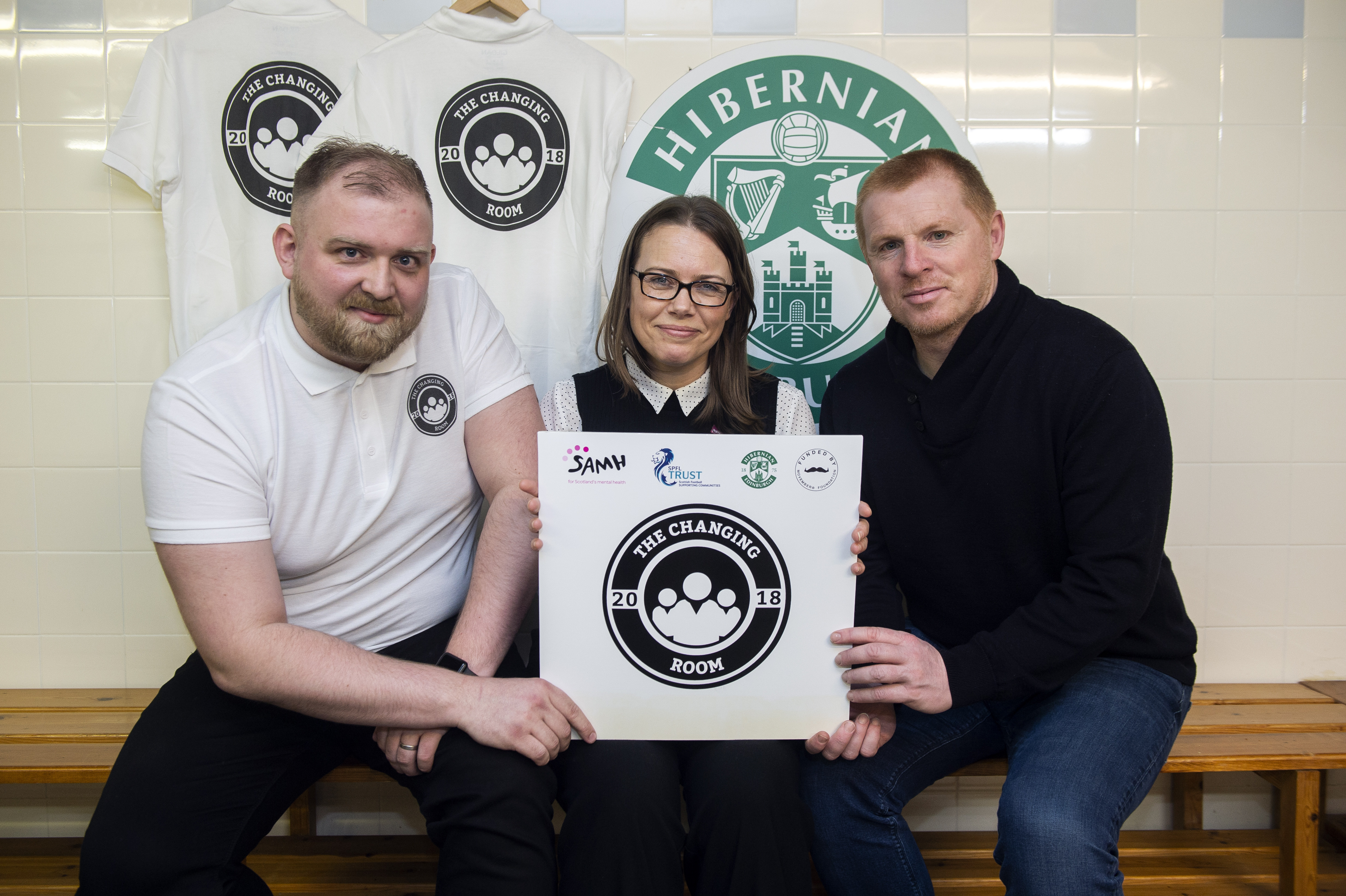 Andy Grierson, Changing Room volunteer, with SAMH director of External Affair Jo Anderson and Hibs manager Neil Lennon