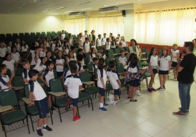 Turmas dos 4º e 5º anos participaram de palestra sobre Ética