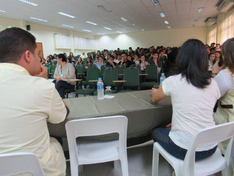 Universitário realizou debate sobre Dia da Mulher