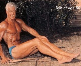 Reposição hormônal bioidêntica com testosterona e GH melhora a força em idosos