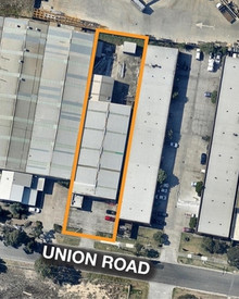 27 Union Road DANDENONG VIC 3175
