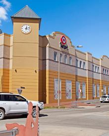 Goulburn Central Sho Cnr Auburn Street and Bradley Street GOULBURN NSW 2580
