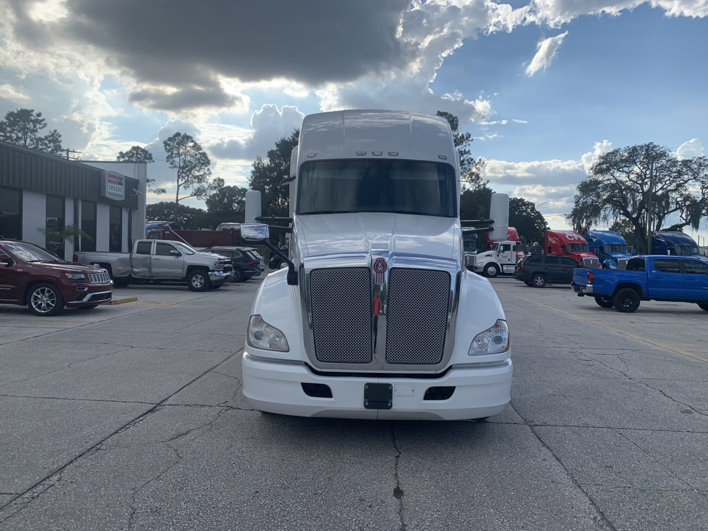 2018 Kenworth T680 UJJ175339 full