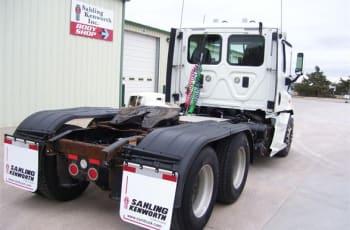 2013 Freightliner Cascadia 113 UDLFE6106 full