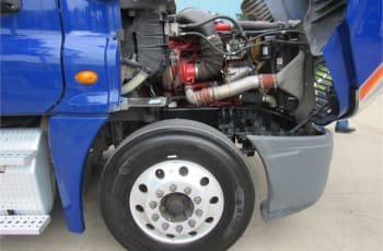 2014 Freightliner Cascadia 125 UESFN8630 full