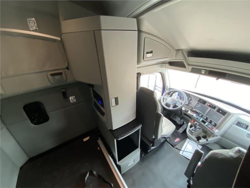2018 Kenworth T680 UJJ175476 full