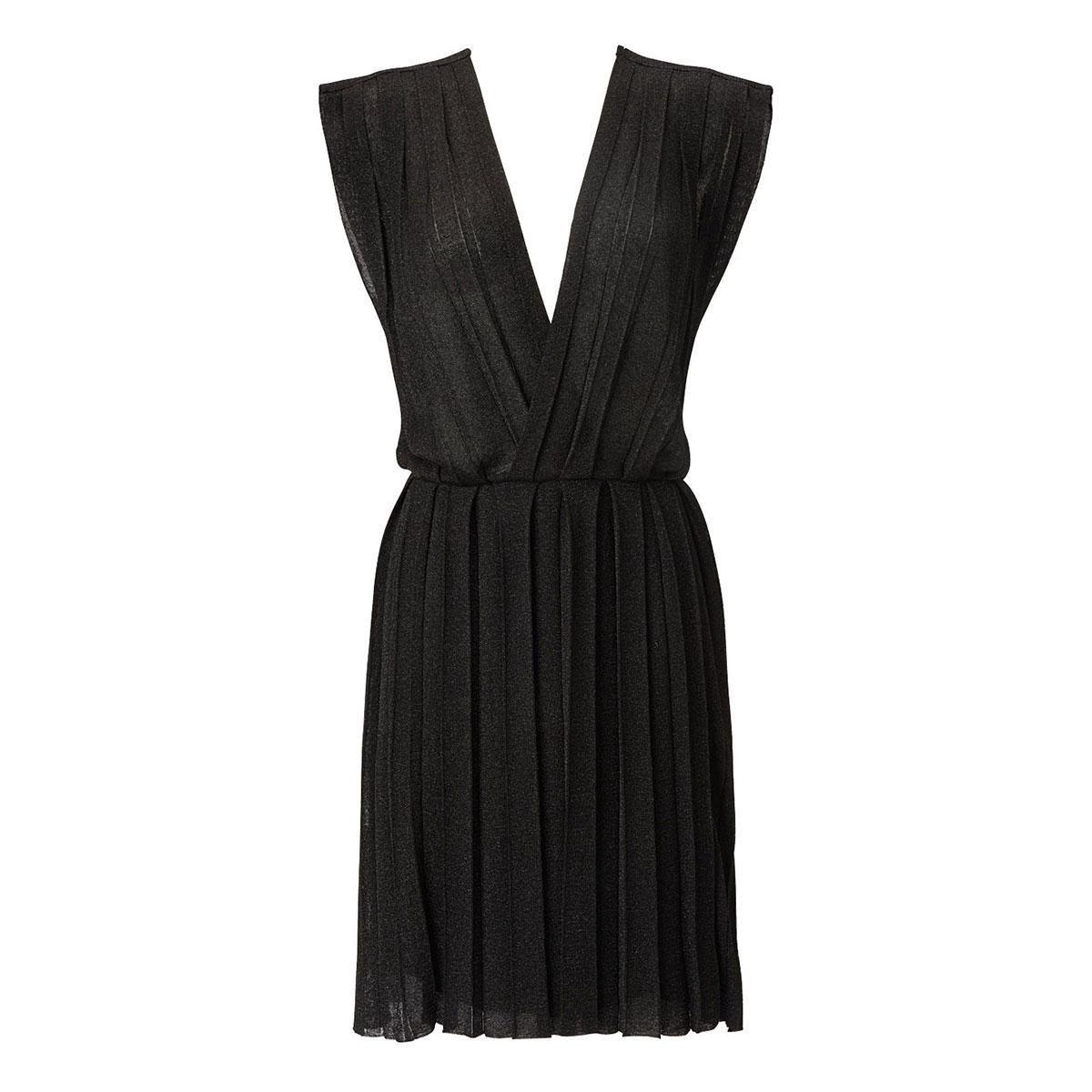 Kleid, Falten, tiefe Ausschnitte, glänzend