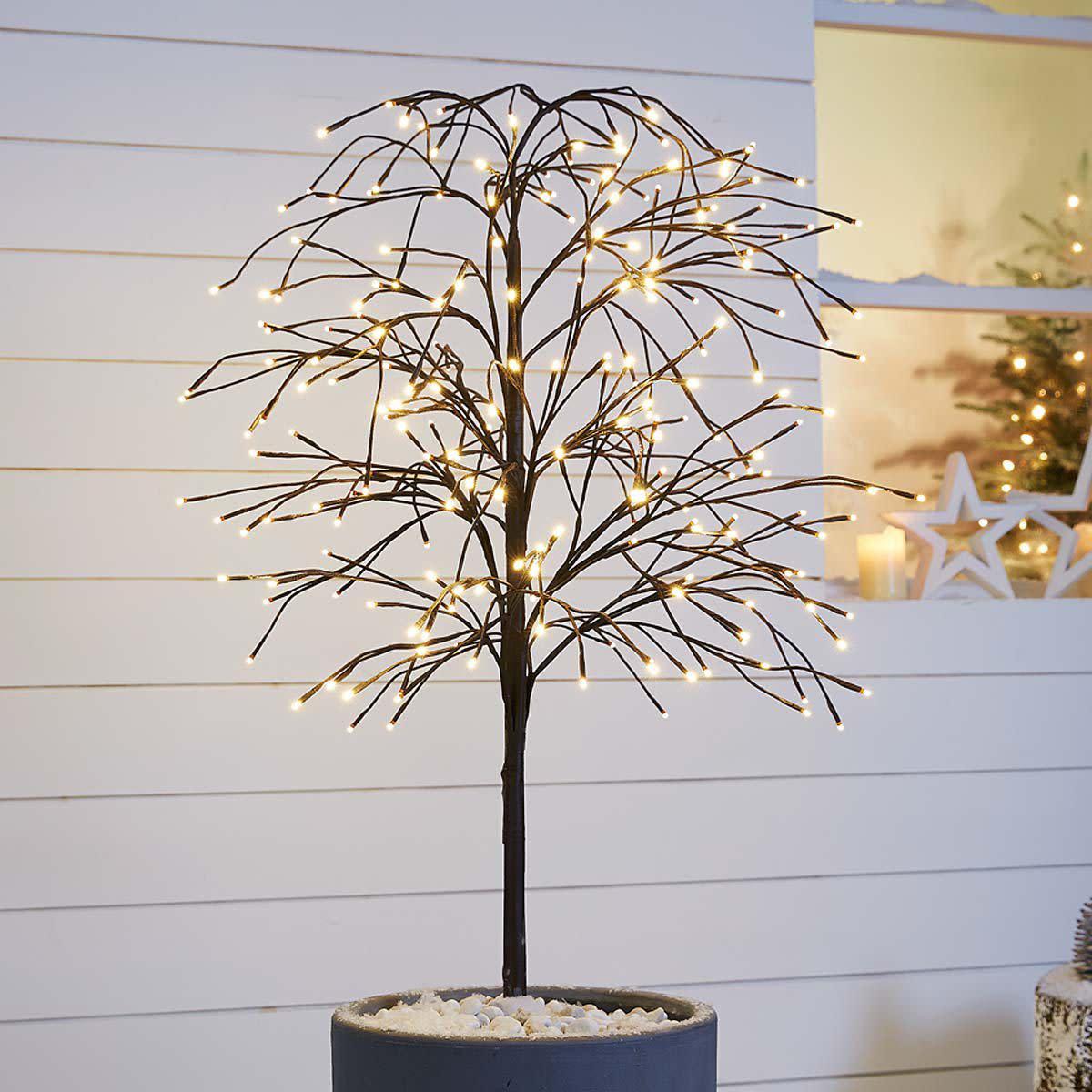 Xmas lichterketten archive tipps vom einrichter for Beleuchteter tannenbaum
